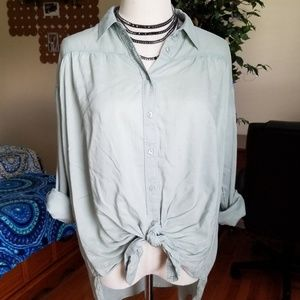 Express button down top knot front M